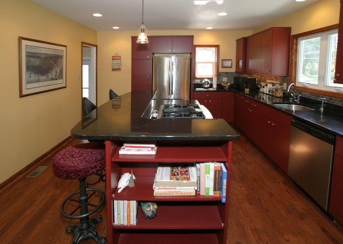 [107]Kitchen3.jpg